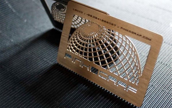 metallici creattica grande 30+ Awesome Metal Business Card Designs