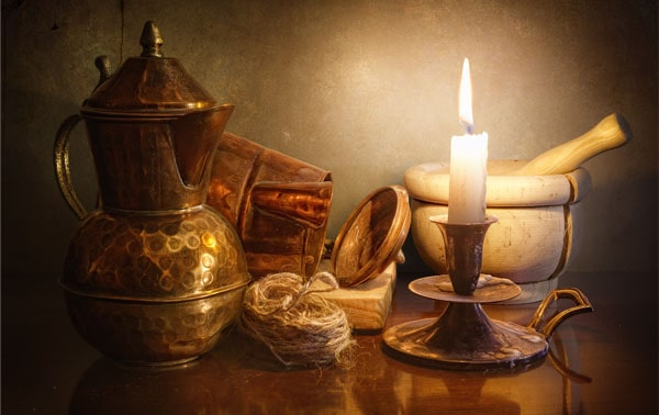Candle light 40 Cool Examples of Still Life Photography