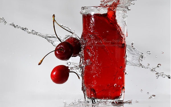 Cherry Juice II 50 Cool Examples of High speed Photography