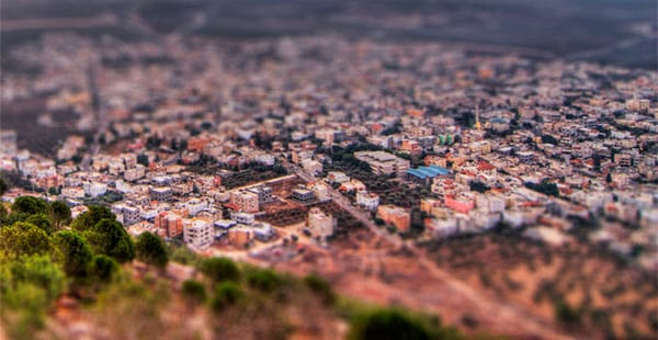 Tilt shifting miniature 15 Tilt Shift Tutorials, Miniature Faking in Photoshop
