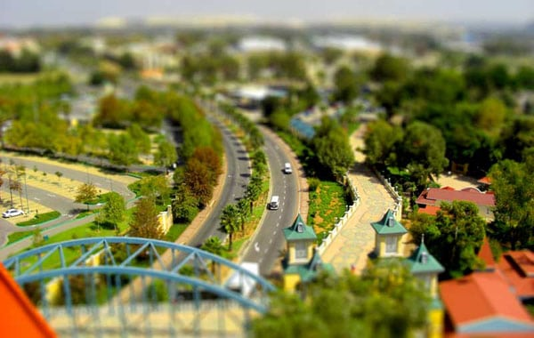 tilt shift city tutorial 15 Tilt Shift Tutorials, Miniature Faking in Photoshop