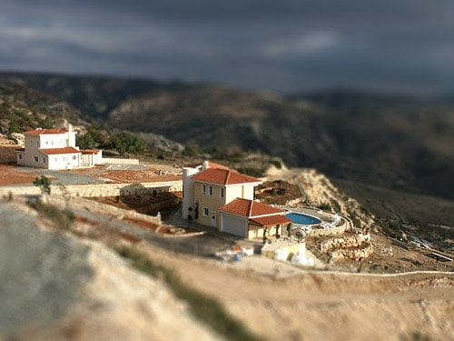 tilt effect 4 15 Tilt Shift Tutorials, Miniature Faking in Photoshop