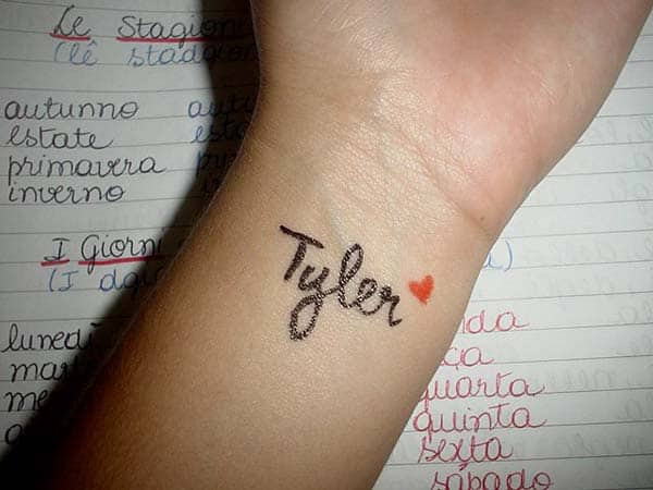 20+ Awesome Wrist Tattoos Collections