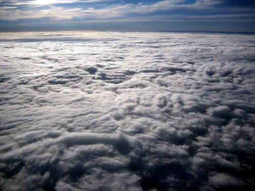 Clouds Flight USA to France 520x390 20 Sky Backgrounds Collections