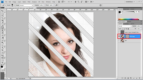 step14 paint mask Create Ravishing Interweaving Photo Strips Effect Using Photoshop