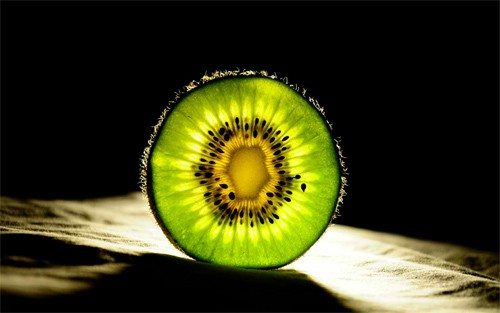 17 Kiwi 30+ Examples of Fruit Wallpaper Collections