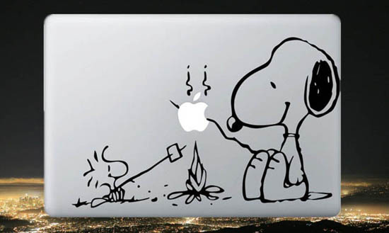 Snoopy-MacBook-Decal-Sticker