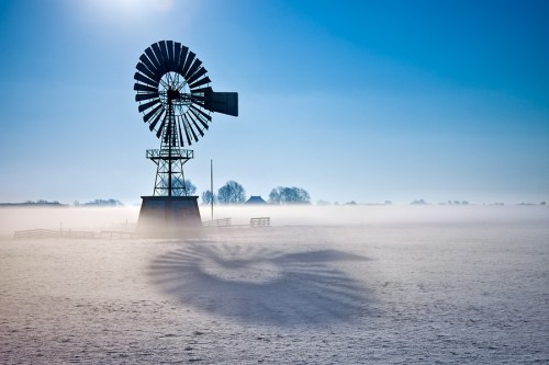 Time Light windmill 500x333 50 Inspiring Windmill Pictures