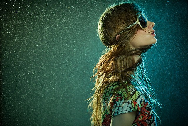 wpid water sunglasses 30+ Cool Examples of Fashion Portrait Photography