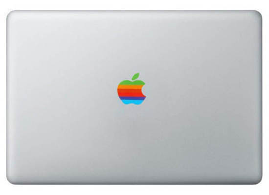 Retro-Apple-Logo-MacBook